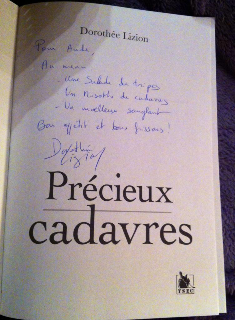 """Dédicace de Dorothée Lizion, """"Précieux cadavres"""" SDL de Cheux Nov 2013"""
